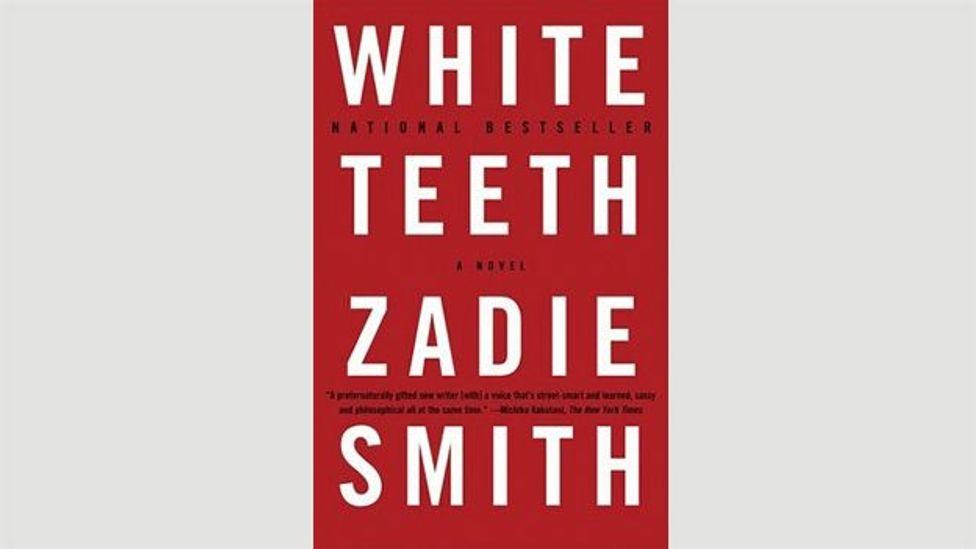 25. Beyaz Diş (Zadie Smith, 2000)