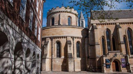 A nave circular ocidental da Temple Church a torna uma das quatro igrejas redondas que ainda restam na Grã-Bretanha (Crédito: Amanda Ruggeri)