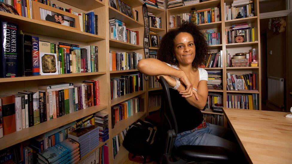 Bernardine Evaristo, mizah dolu ciddi bir roman olan ödüllü Kız, Kadın, Öteki'yi yazdı (Kredi: Getty Images)