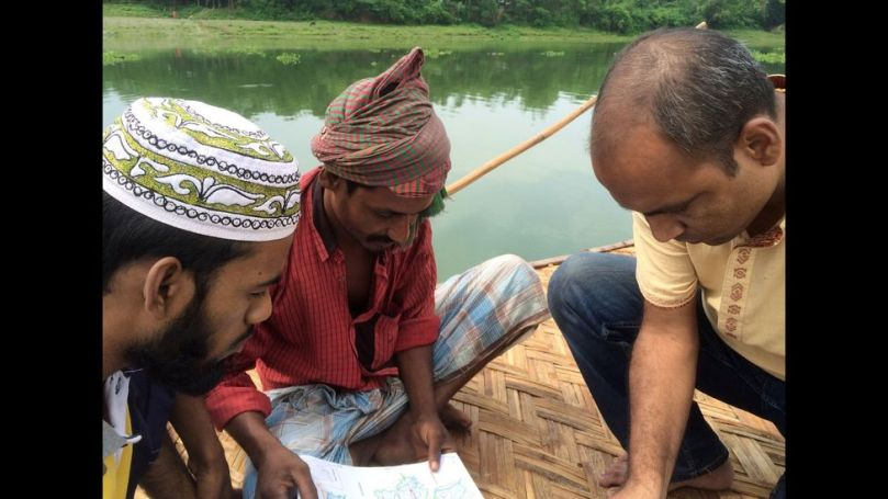 The team at Bengal Muslin enlisted the help of local villagers during the search for the lost plant (Credit: Drik/ Bengal Muslin)