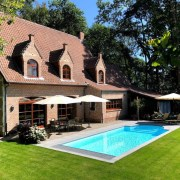 Villa Beethoven, 5 Bedrooms, 2 Bath/Shower Rooms, Outdoor Pool and Spa (RENTED)