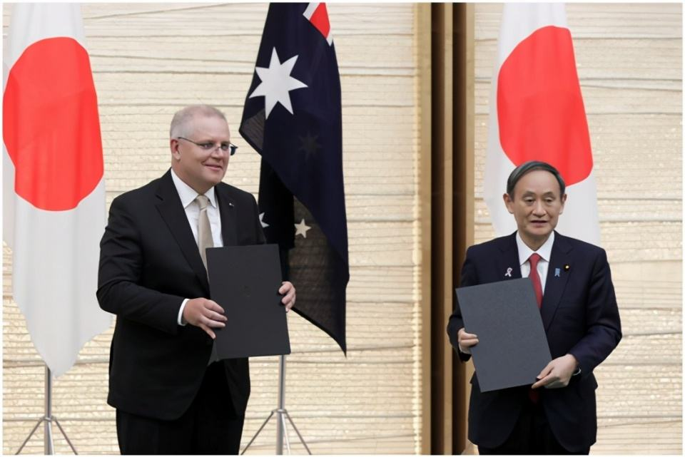 Following the United States' monopoly on Japan, Tokyo allow Australian army to enter