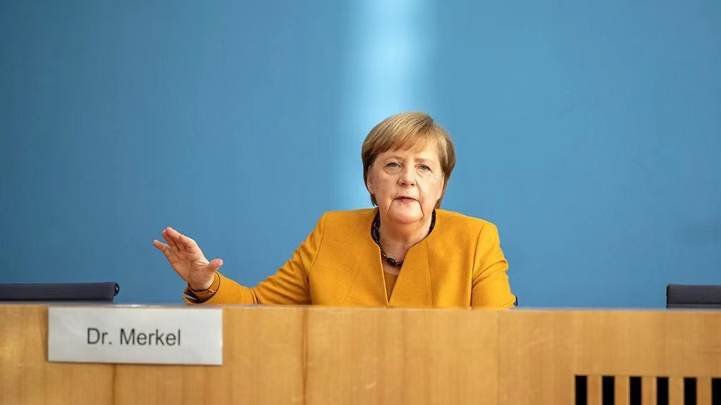 Merkel calls on people to continue to strictly abide by epidemic prevention regulations during the winter holiday.