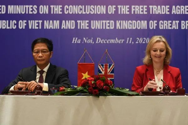 99% tariffs between Britain and Vietnam will be lifted in 7 years.