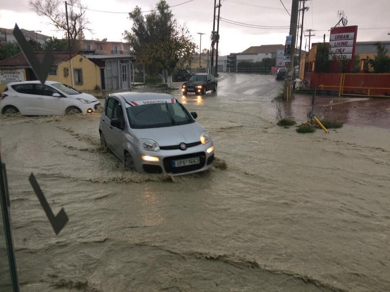 Traffic disruptions, water accumulation of houses... Heavy rains hit the island of Zakynthos, Greece