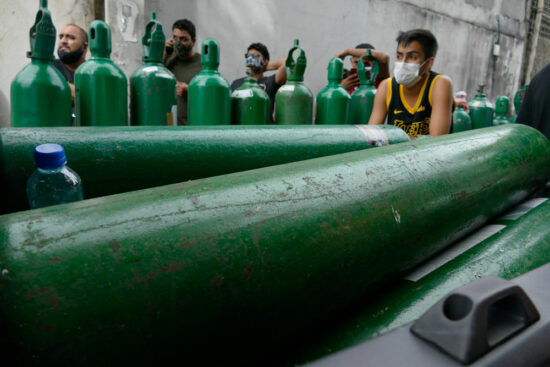 An oxygen shortage at a hospital in the Indian state of Karnataka has killed 24 patients