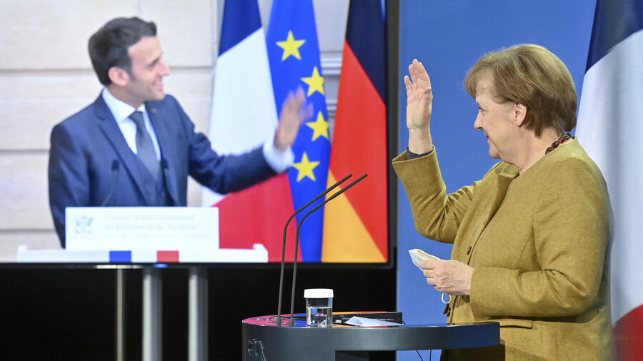 Franco-German leaders expressed support for the EU's coronavirus vaccine procurement strategy