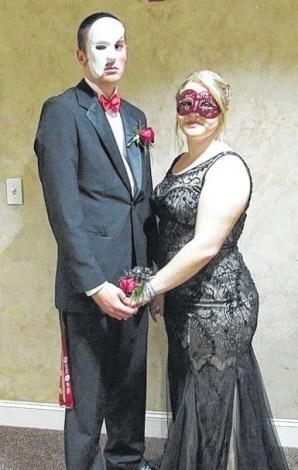masquerade couple