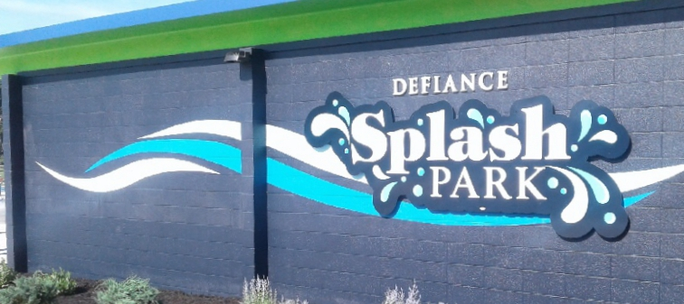 splash park entry wall