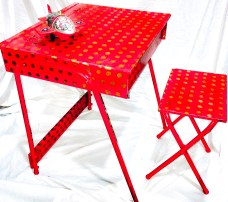 Children table with red patina