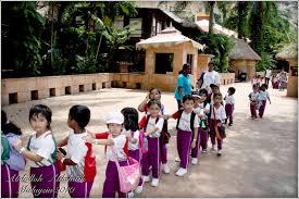 ماليزيا تقرر إعادة فتح مدارسها