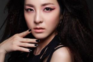 美妝♥–CLIO珂莉奧炫彩防水眼線膠筆。搞怪不落後