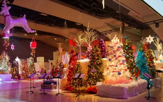 Festival of Trees at 31