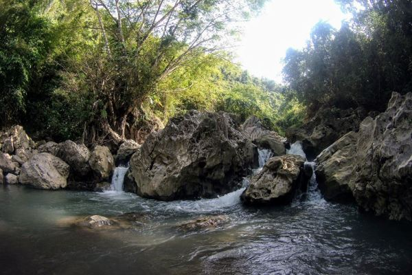 YEHEY.com - River Trekking In Catmon, Cebu PH