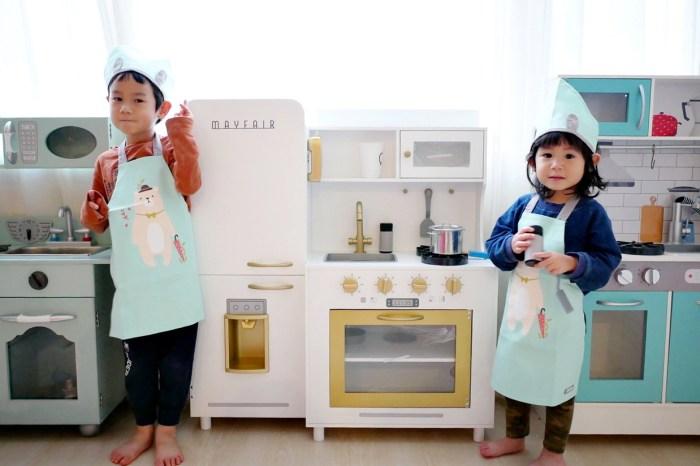 [親子] 最美的木製小廚房-美國Teamson Kids (販賣機、切切樂、Dyson吸塵器、掃地組、菜籃車)