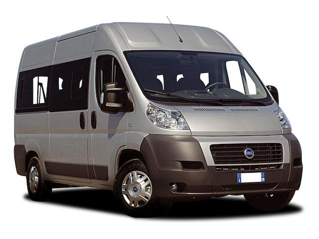 mini bus hire-yellcars