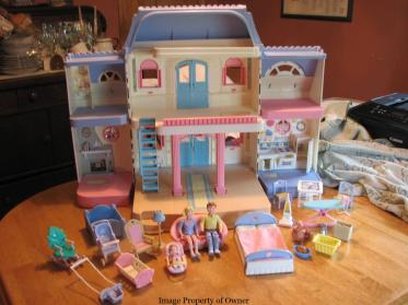 FP Loving Family dollhouse - commsndcontrols