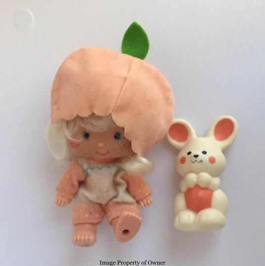 Apricot with Hopsalot property TooGroovyToys.com