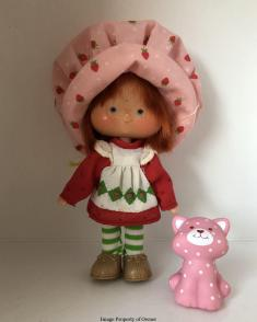 Strawberry Shortcake and Custard Cat