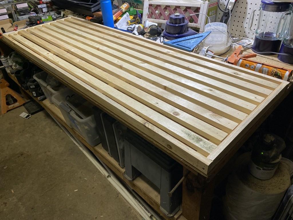 Shelf slats