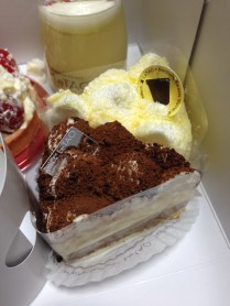 The famous fromage cheesecake and chocolate cake