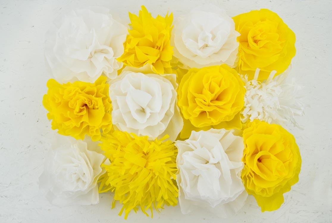 https://i2.wp.com/yellowgirl.at/wp-content/uploads/2017/06/yellowgirl_DIY-Kreppblume-Backdrop-2.jpg?fit=1116%2C750&ssl=1