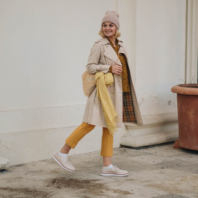 https://i2.wp.com/yellowgirl.at/wp-content/uploads/2018/12/yellowgirl_Herbst-outfit-Animalprint-trenchcoat-und-Kaschmir-haube-von-MOGLI-MARTINI-9-von-16.jpg?resize=640%2C640&ssl=1