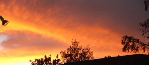 yellowreadis.com Image: Sky at sunset