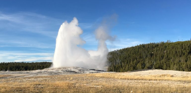 How often does Old Faithful erupt