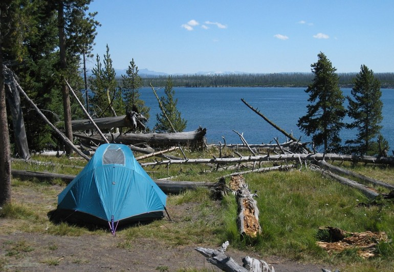 How much does it cost to camp in Yellowstone?