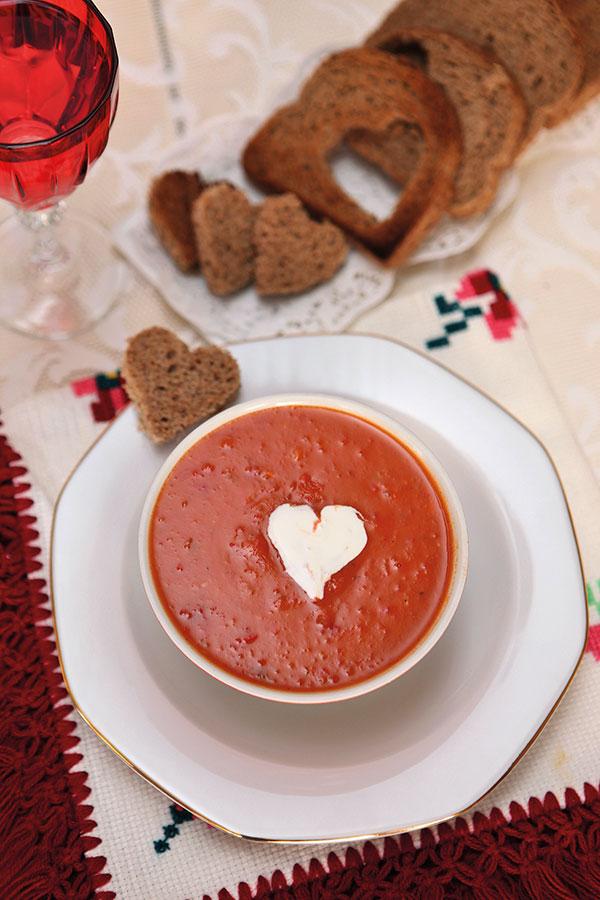 Köz Kırmızı Biber ve Köz Domates Çorbası