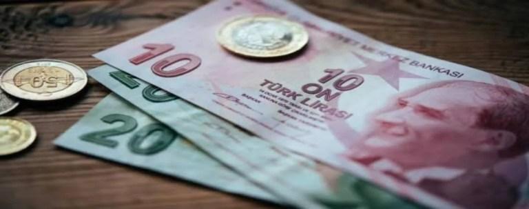 الليرة التركية المتعثرة تستعيد عافيتها بعد رفع أسعار الفائدة