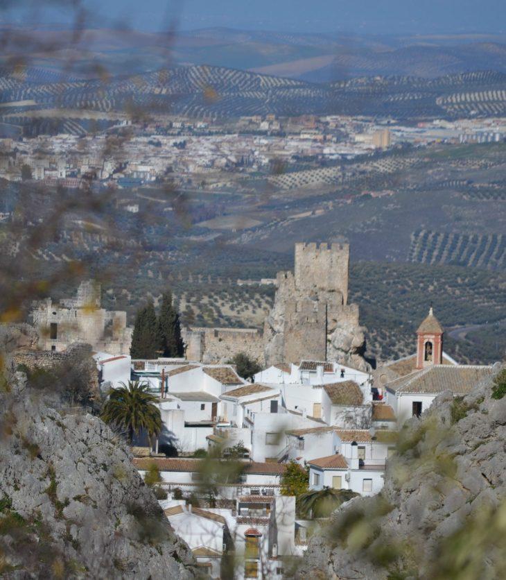 Vista del Castillo de Zuheros