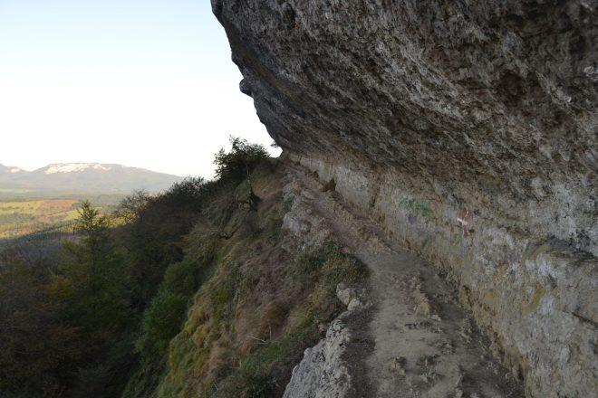 Paso por la roca