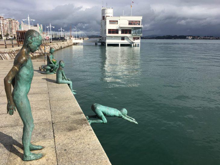 """""""Los Raqueros"""" en el Muelle de Puerto Chico"""