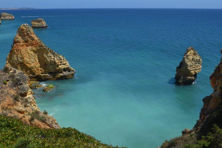 Ruta por la costa del Algarve desde Praia da Marinha