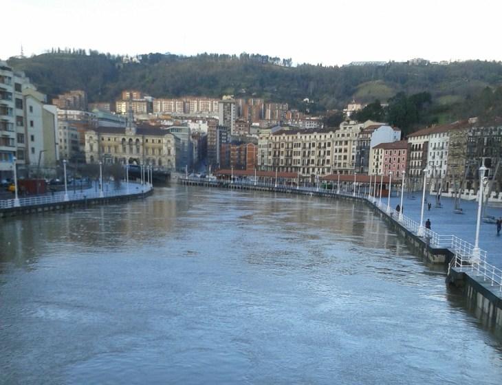 Ria de Bilbao y Muelle de Ripa