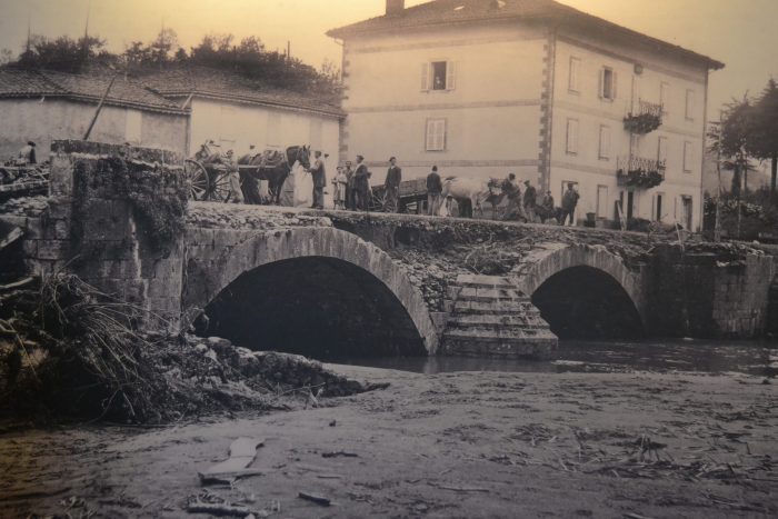Foto de la riada de 1913 en Elizondo