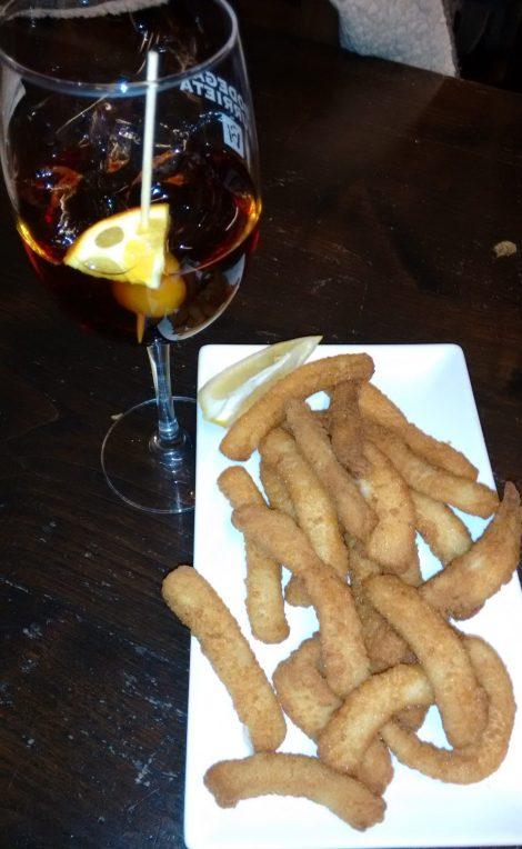 Rabas y Marianito en el Bar Titi