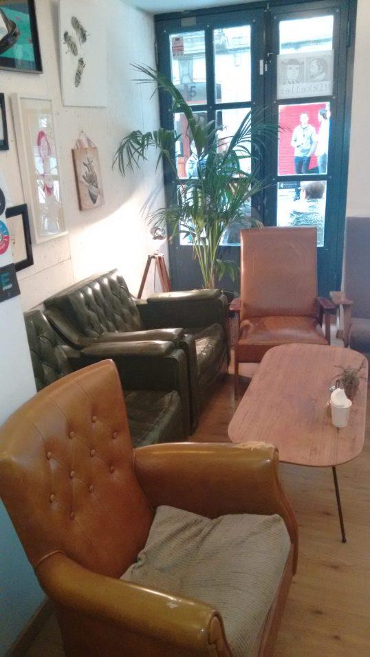 Sofas del Bihotz Café de Bilbao