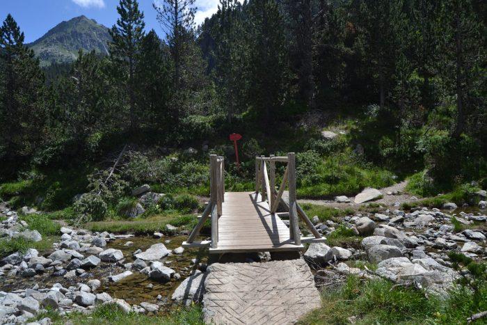 Puente sobre el río