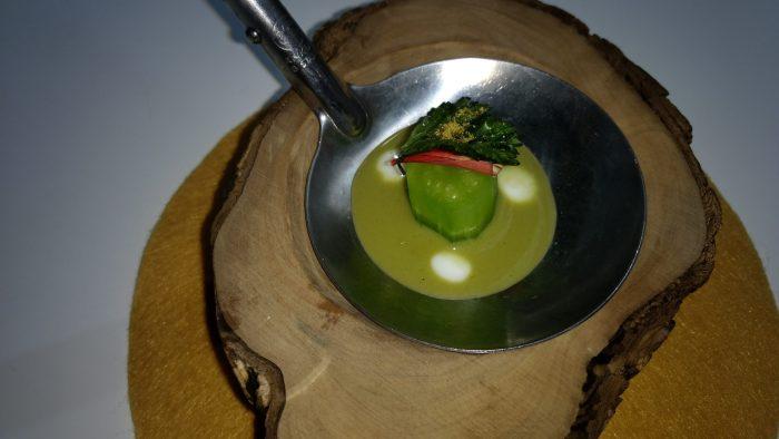 Pepino de la Sabana, zumo de aceituna y babunj
