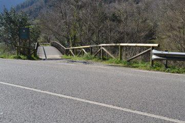 Cruce de carretera en Caranga de Abajo
