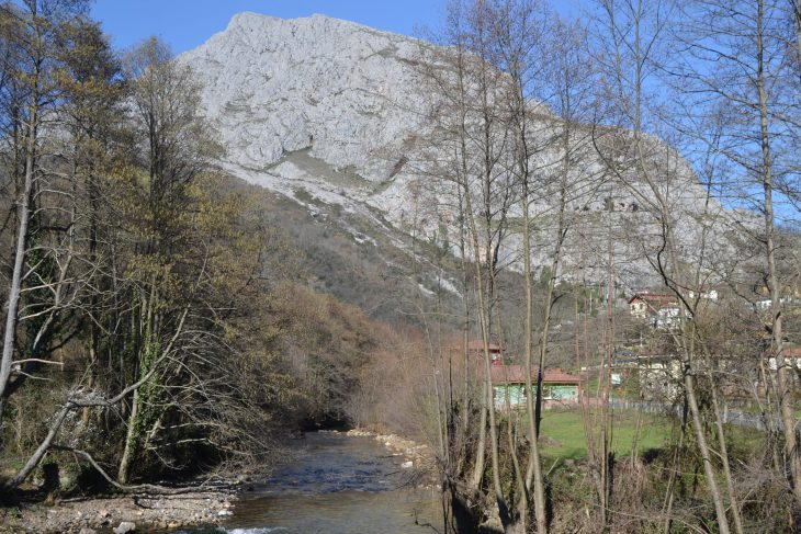 Rio Teverga y Peña Gradura