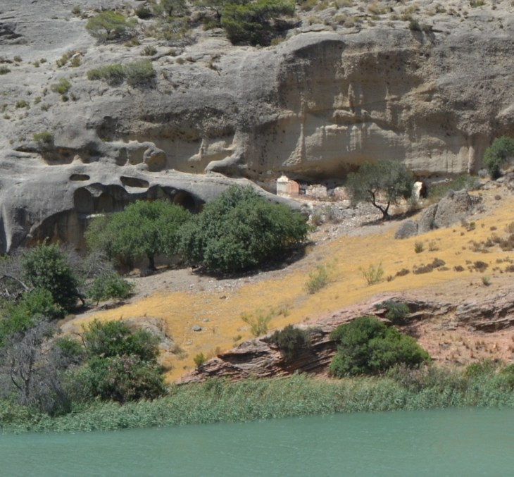 Casas-cueva de Sierra Parda