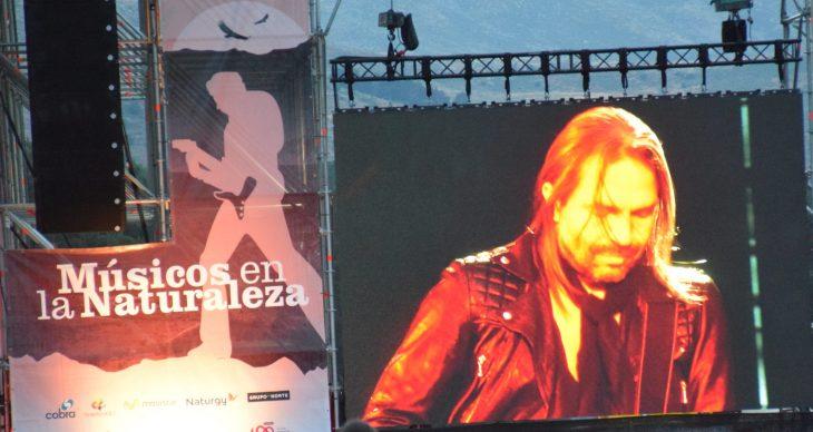 Sergio Vallin guitarrista de Maná