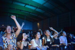 Público disfrutando con La Casa Azul en Ebrovisión