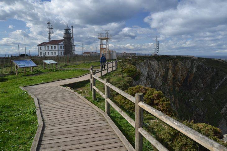 Pasarelas del Faro de Peñas