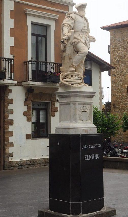 Estatua de Elkano