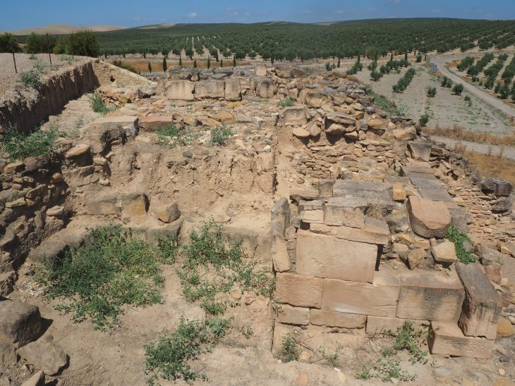 Muralla norte de Cástulo